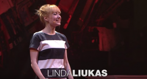 Image of Linda Luikus giving TED Talk